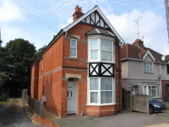 View Full Details for Room 3, Frimley Road, Camberley, Surrey, GU15 - BID:region10